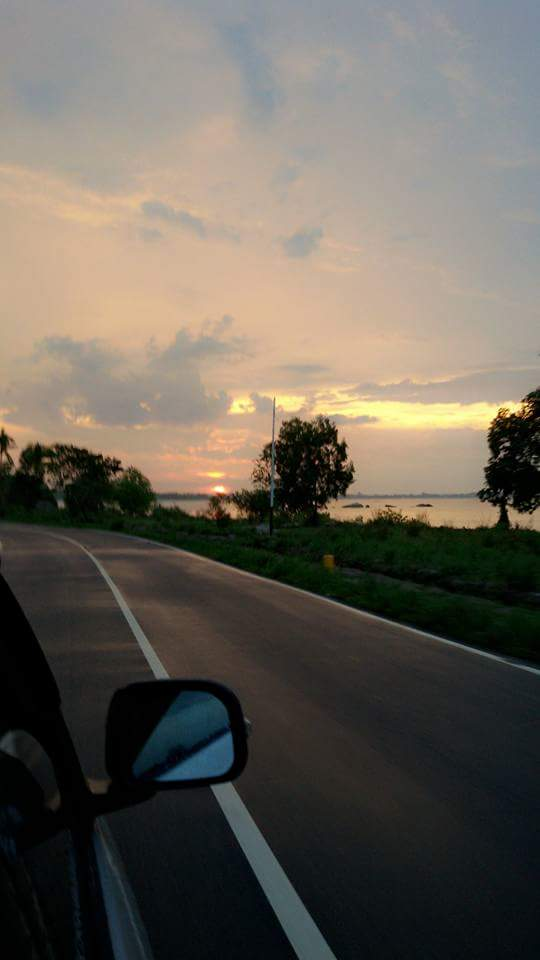 The sunset we saw on the way back to the home from Tanjung Tinggi.